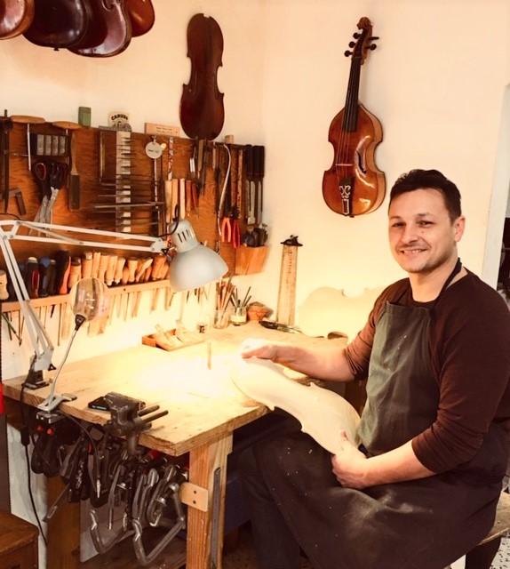 Luthier Benjamin Beugnies